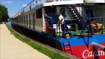 Un bateau de croisière allemand de 103 m de long a fait une courte escale à Pont-à-Mousson ce lundi