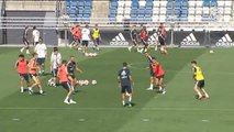 El Real Madrid continúa entrenando a la espera de grandes fichajes