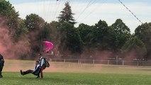 Près de Rennes. Saut en parachute pour blessé de guerre, COMSIC Cesson-Sévigné