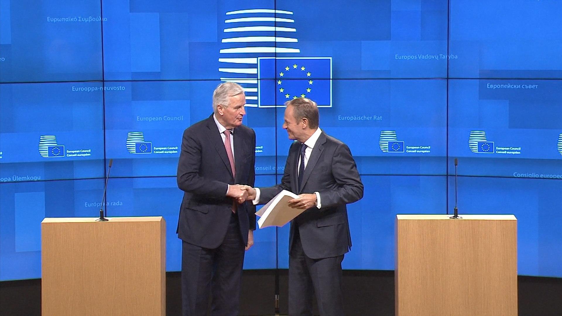 Tusk convoca cumbre europea el 25 de noviembre para formalizar el Brexit