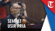 Tim Hukum Prabowo-Sandi Sempat Usir Pria yang Foto Barang Bukti saat Sela Sidang