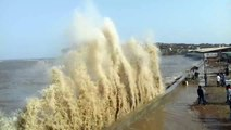 Sea waves rise more in storm in Malad