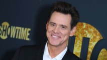 Jim Carrey refuses to 'stop life' and pose for selfies with fans