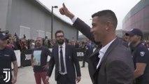 Cristiano Ronaldo y Georgina aterrizan en Turín para comenzar su nueva vida