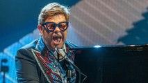 Elton John décoré de la Légion d'Honneur à l'Elysée le jour de la Fête de la Musique
