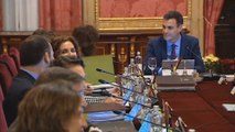 PSOE cae 2,3 puntos pero sigue aventajando al PP