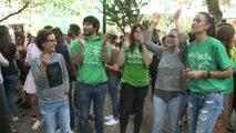 Protesta de profesores y colegio público en Santander