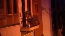 Conmoción en el barrio de Gracia tras la deteción de un hombre por tirar presuntamente a su madre por la ventana