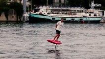 On a testé un surf électrique volant sur La Seine