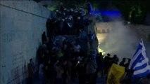 Disturbios en Atenas por el acuerdo alcanzado entre Grecia y Macedonia