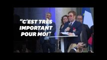 Elton John appelle à la lutte contre le Sida à l'Elysée