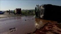Miles de litros de chocolate quedan esparcidos por una autopista de Polonia