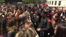 Indignación a las puertas del palacio de justicia de Pamplona tras conocerse la sentencia de 'La Manada'