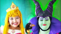 Disney Sleeping Beauty and Maleficent - Makeup Halloween Costumes and Toys