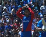 Jadhav survives run out after mix-up with Dhoni