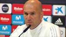 """Zidane: """"El que sabe de fútbol sabe que Benzema es muy bueno"""""""
