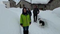 Tejados al borde del colpaso y accesos cortados, los peores problemas hoy en Asturias