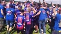 Célébration des joueurs et des supporters mâconnais quelques minutes après le coup de sifflet final