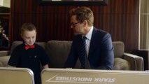 The Collective Project-  Robert Downey Jr. donne un bras bionique à un enfant