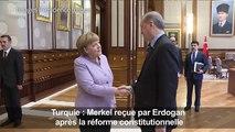 Turquie: Merkel préoccupée par la liberté d'expression
