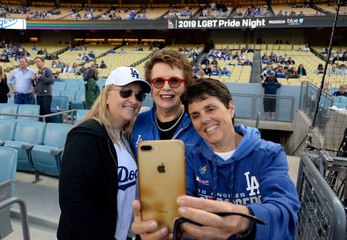 5 Things You Didn't Know About Selfies