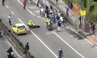 Un policier vient percuter volontairement un skateur pendant une manifestation !