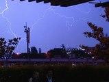 Rayos y truenos nocturnos sobre Madrid