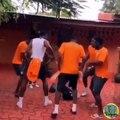 Quand les joueurs de l'équipe ivoirienne dansent dans les vestiaires, voici ce que ça donne. Regardez !
