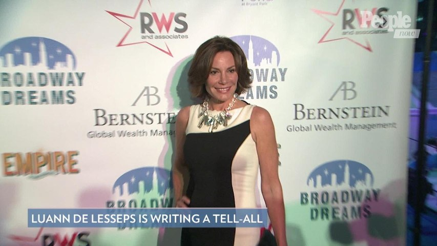 'Real Housewives of New York City's Luann de Lesseps Says She Is Writing a Tell-All Book