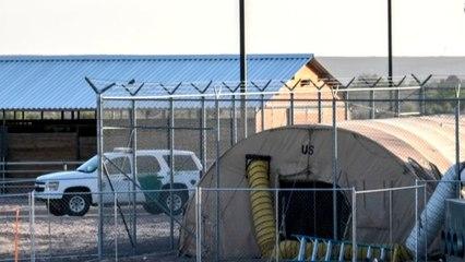 "100 migrant children returned to ""inhumane"" Texas facility"