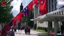 İBB'ye Atatürk posterleri tekrar asıldı
