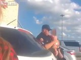 Elle oublie son bébé dans la voiture au soleil !