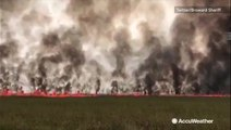 Wall of flames spreads through Florida Everglades