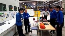 Inauguration de la nouvelle presse d'emboutissage de l'usine PSA de Sochaux