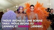 Kylie Jenner prétentieuse sur sa richesse ? Elle recadre le fiancé de Jennifer Lopez