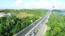 FSM köprüsündeki trafik yoğunluğu havadan görüntülendi