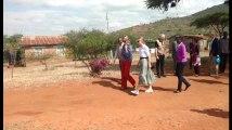 La princesse Elisabeth et la reine Mathilde rencontrent des enfants au Kenya pour l'Unicef