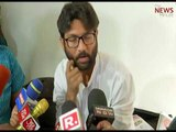 'Remove Republic TV mic,' says Jignesh Mevani: Chennai journos say 'no thank you'