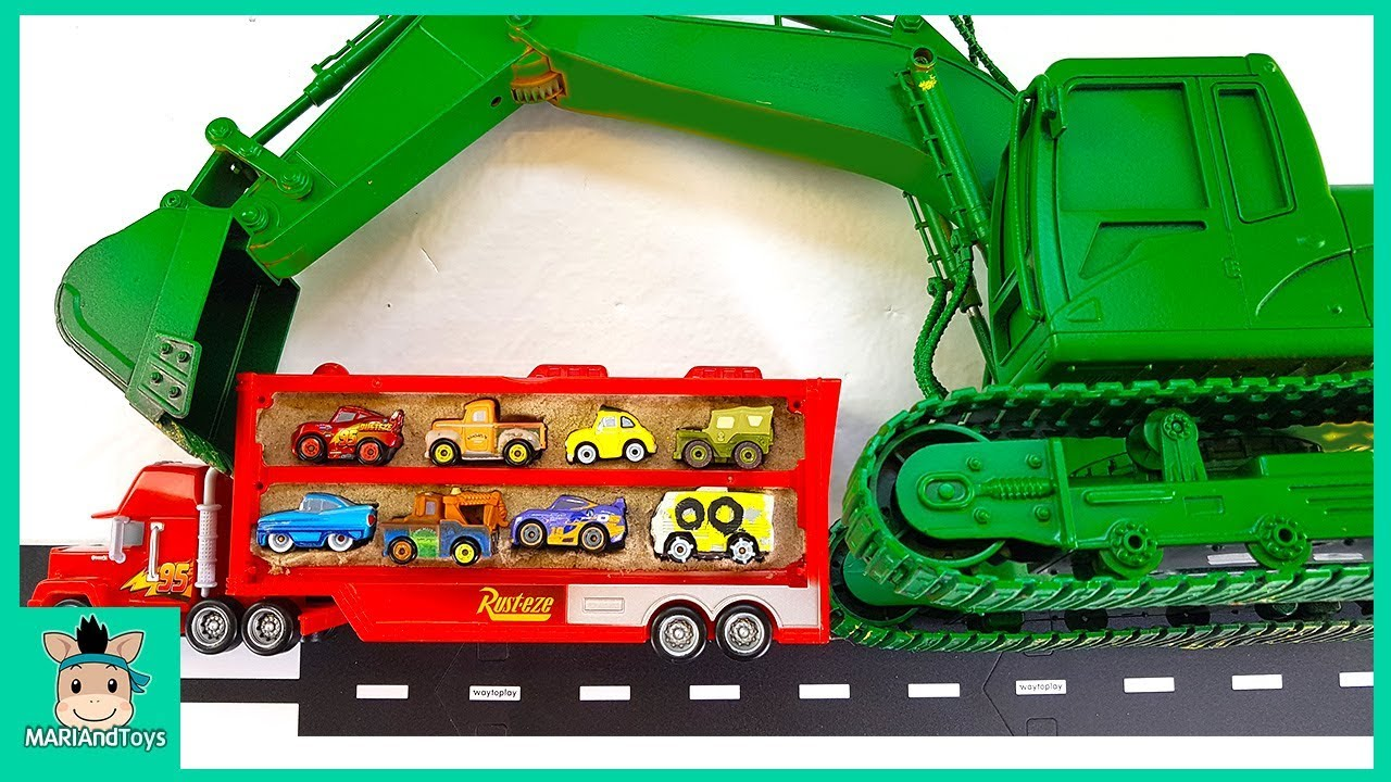 Learn Shapes with Police Mack Truck putting Sand Slots. Car toy video for kids – MariAndToys