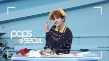 [Pops in Seoul] K-POP FANS Use VARIOUS ITEMS to Grap Their Stars' Attention !
