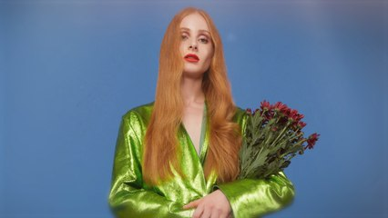 Vera Blue - The Way That You Love Me