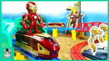 Marvel Avengers- Spiderman Iron man Toys Train for Kids. Learn Colors with Disney Cars - MariAndToys