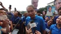 Mar Roxas laughs off ouster matrix involving Otso Diretso candidates