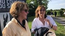 Gabrielle Crawford reçoit Jane Birkin pour le vernissage d'une exposition mémorielle