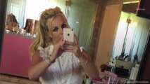 People Are Accusing Britney Spears of Photoshopping This Mirror Selfie
