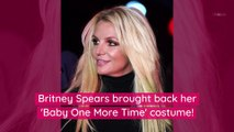 Britney Spears Accused of Photoshopping New Selfie Thanks to Some 'Wavy' Drawers in the Background
