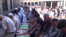 Diyarbakır'da Şeyh Sait ve arkadaşları anıldı