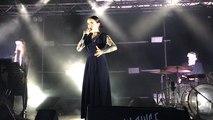 Flèche Love sur la scène d'Un Singe en été samedi 29 juin