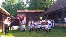 Le Mugurelul Ansamblul Folcloric