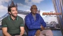 Jake Gyllenhaal and Samuel L. Jackson Debate Capes in Superhero Movies